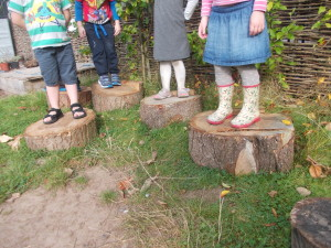 Children using wooden offcuts from Low and Behold's business reuse service